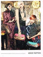 PUBLICITE ADVERTISING 014   2011   LOUIS VUITTON  mode haute couture