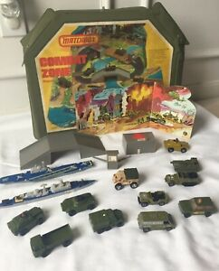 1976 Vintage MATCHBOX COMBAT ZONE Playcase - Sea Kings Ships & Military Vehicles