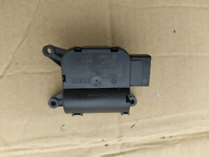 AUDI A4 B7 AVANT 04-09 2.0 TDI HEATER FLAP REGULATOR MOTOR 8E2820511A