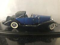 FRANKLIN MINT 1935 BLUE DUESENBERG J VICTORIA CAR 1/24 SCALE VERY DETAILED MODEL