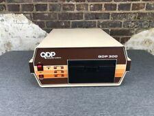 Quasar Data Products QDP-300 Computer 6 Mhz Z80-C CP/M MP/M OS 64K RAM