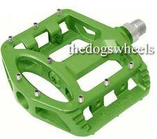 Wellgo Sealed Bearings Magnesium Flat Platform Pedals MTB Bicycle Bike Green