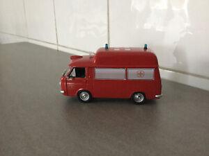FIAT 238 Ambulanza Vigili Del Fuoco. 1/43 CODE 3