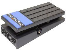 Bespeco VM14 - Pedale per volume con attacco stereo, per chitarra, colore nero