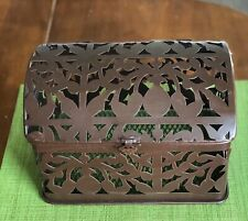 Metal Cut Out Decor Box (Green Mat Not Include)