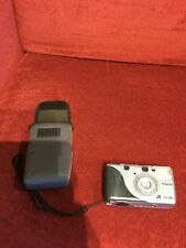 Polaroid camera 7500 ZIX uses 400 speed film carrying case and mount -