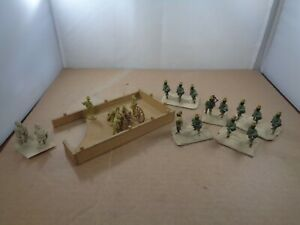 Unknown Maker White Metal Egypt/Sudan Campaigns Soldiers & Cannon On Bases