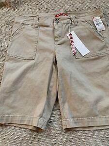 Unionbay Junior Girls Beige Color Shorts Size 13 Style Blanche Bermuda New