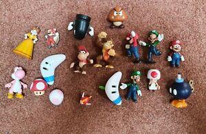 18 Super Mario Bros mini Figures toys Nintendo 2 to 3 inches old rare vintage