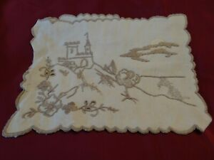 VTG German Hand Embroidered Pocket case for handkerchiefs glasses cutlery Beige