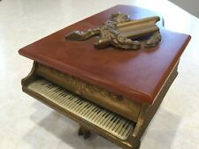 Vintage pre 1950 Thorens Piano Music Box Wreath Cuendet Switzerland Bakelite