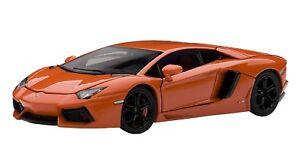 AUT54647 - Voiture de sport - Lamborghini Aventador LP700-4 de couleur Orange mé