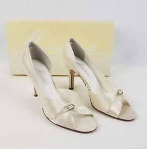 Michealangelo David's Bridal Woman Size 7.5 Ivory Wedding Heels Peek a Boo Toe