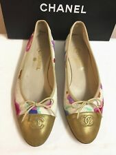 "GENUINE ""CHANEL"" CC Logo Cream Canvas/Pink Flora/Metallic Gold Leather Cap Flats"