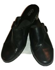 Clarks Bendables 9M Womens Black Leather Buckle Slip-on Comfort Clogs
