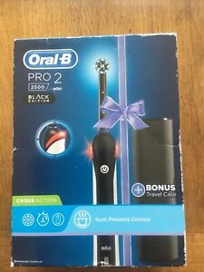 Oral-B Pro 2 2500 CrossAction Rechargeable Toothbrush Black Edition