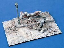 Verlinden 1/35 Street Corner Section w/Wall Ruin and Lamppost Diorama Base 1308