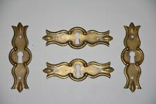 Alter Möbelgriff M023 Schlüsselschild aus Messing