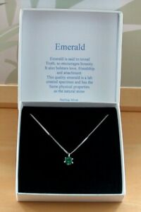 925 Emerald (Lab Created) Solitaire Pendant & Chain/Silver lEmerald Necklace UK