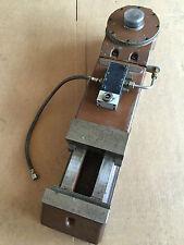 Hydraulischer Schraubstock / 300mm Spannlänge / 160mm Backenbreite