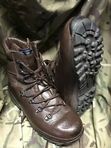 Brown Altberg Defender Boots!genuine Issue!Worn A Handful Of Times! Size 7 M!