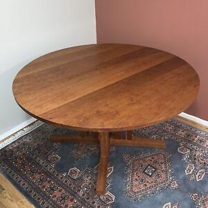 Thos / Thomas Moser Round Cherry Dining Table