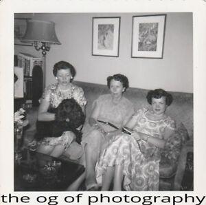 1950s FOUND PHOTO Original BLACK and WHITE Snapshot WOMAN Free Shipping DD 83 28