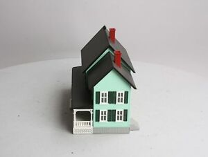 MTH 30-9047 Green Country House with Dark Green Shutters #4 LN