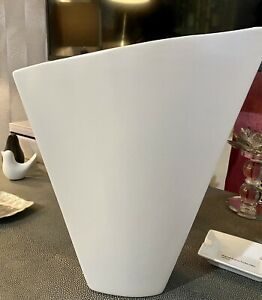 K By Kelly Hoppen For QVC Large Winged Vase White 35cms High New!