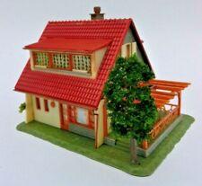 Sehr schönes Faller B-210 Einfamilienhaus Beleuchtet, Pergola und Grill H0 1:87