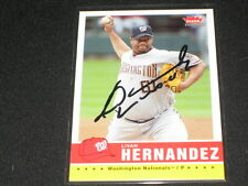 LIVAN HERNANDEZ NATIONALS LEGEND HAND SIGNED AUTOGRAPHED VINTAGE BASEBALL CARD