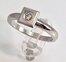 Unusual square setting 18ct white gold natural diamond 0.10ct ring