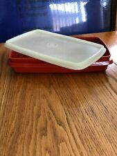 Tupperware vintage Snack and Store Container #816