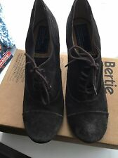 Bertie All Leather Heeled Lace Ups 39 Dark Grey Brown