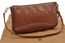 Auth Louis Vuitton Monogram Vernis Pochette Accessoires Pouch Beige LV 89771
