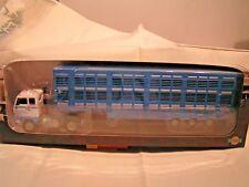 CAMION IXO (1/43) - SEMI REMORQUE BETAILLERE  VOLVO F 89   (1970-1977)