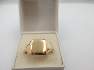 LOVELY ANTIQUE, CHESTER 1945, 9ct GOLD SIGNET RING UK SIZE S  4g