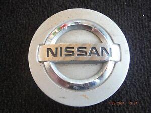 04 05 06 07 08 09 10 Nissan Armada Titan alloy wheel center cap