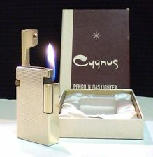 BRIQUET Ancien @ PENGUIN CYGNUS + écrin @ Gas Lighter * Feuerzeug * Accendino