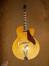 Gretsch G100CE Synchromatic Natural Arch Top Archtop Guitar G100