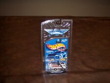 HOT WHEELS - FINAL RUN - RECYCLER TRUCK WITH RR TIRES - GARBAGE TRUCK - NEW