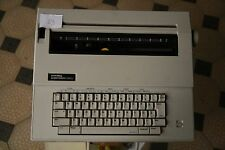 Quelle Privileg Electronic 1600 Vintage Typewriter