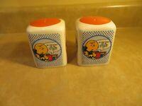 Peanuts Salt-N-Pepper Ceramic Shakers Snoopy Cartoons Graphics UFS.