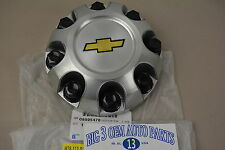 Chevrolet Silverado 2500 Silver Plastic CENTER CAP w/ Gold Bowtie new OE 9595478