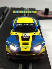 Carrera Digital 143 Aston Martin V12 Vantage GT3 64004 mit LED 41380 Beleuchtung