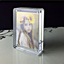 PINMEI Freestanding Clear Acrylic Magnetic Photo Frame(5x7'')-Round Cornor
