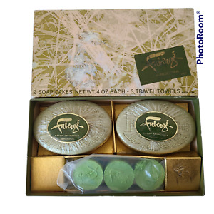 Faberge Aphrodisia 2 Soap Cakes & 3 Travel Towels Vintage Perfumed Set Boxed