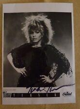 Autogramm Tina Turner, Original, hochglanz Foto mit pers. Signatur, ~13x18cm