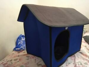 Travel Ready Blue Fold and Carry Dog House in a Bag