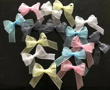 20 petit 3 cm Rose Blush organza arcs avec cristaux Centre//Mariage//Anniversaire